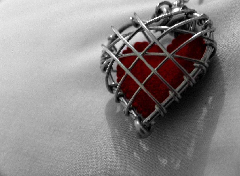 Cuore chiuso - Il blocco psicosomatico collettivo del cuore - Mindfulness Sardegna